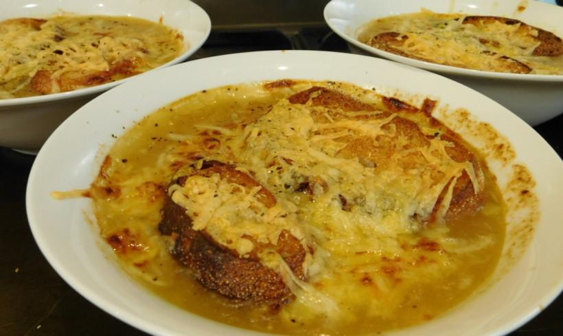 Slow-cooker onion soup