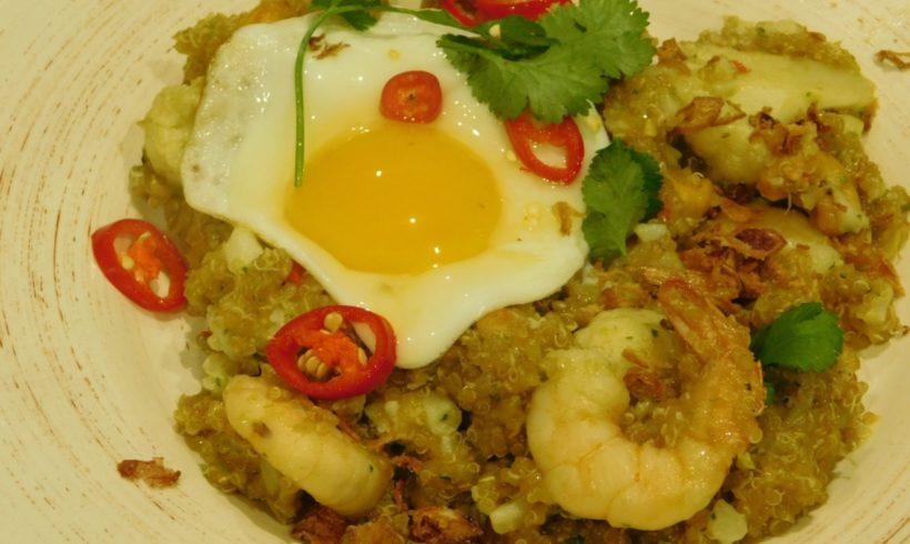 Quinoa, cauliflower and prawn stir-fry